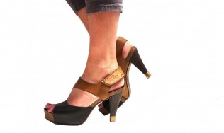 shoe heel protectors - fashion heel tips - protection for high heel - stiletto - change shoe heel